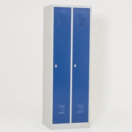 Vestiaire semi monobloc 2 cases propre, portes fermées
